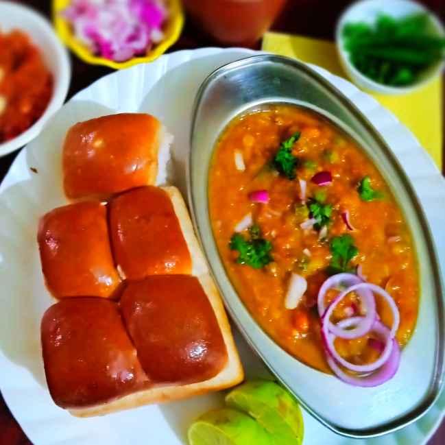 How to make ,रेस्टोरेंट स्टाइल पाव भाजी(नारंगी)