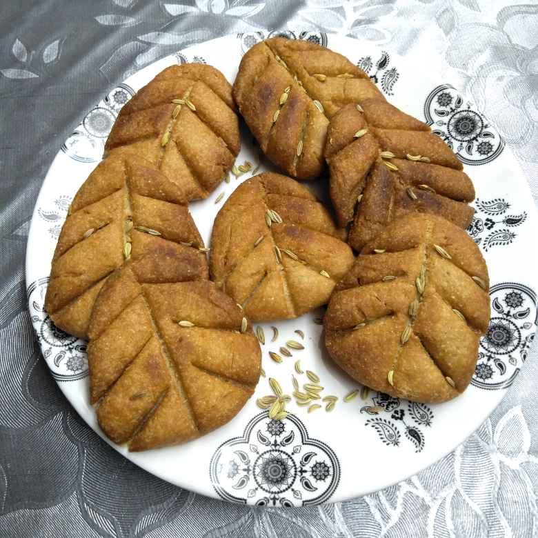 Photo of Bihar kastha thekua sweet by Pasumarthi Poojitha at BetterButter