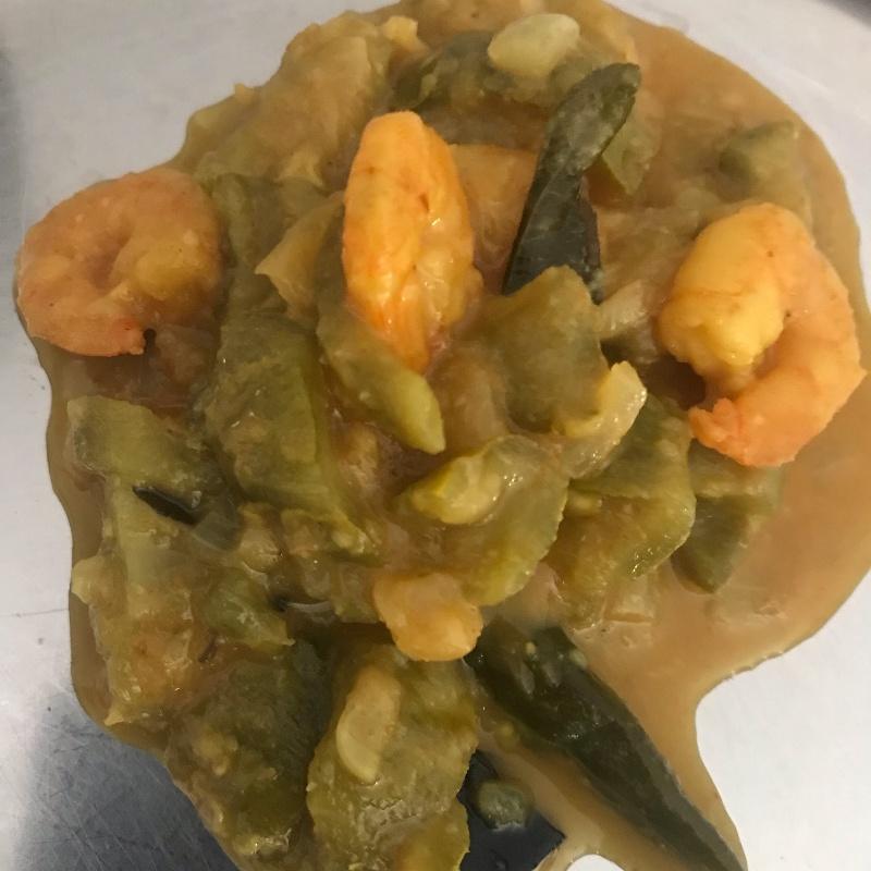 How to make Ridge Gourd Prawns Curry