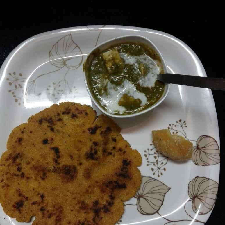 How to make Corn Kaju Palak Paneer with Makiroti