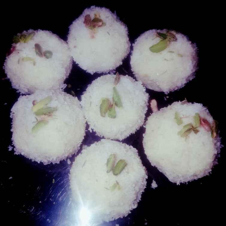 How to make Milk powder coconut laddu