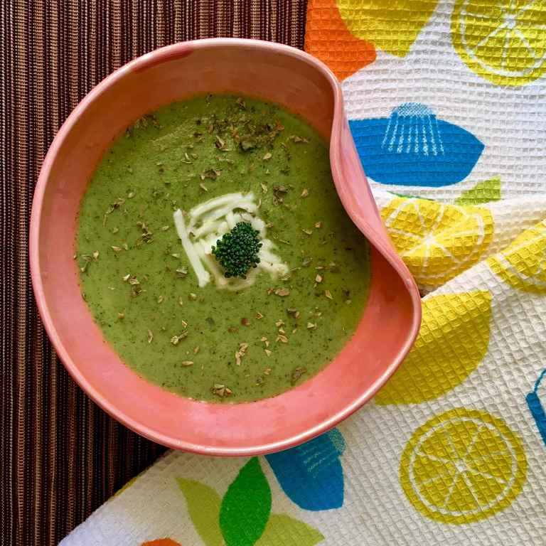 Photo of Creamy Broccoli Soup by Prabha Puranik at BetterButter