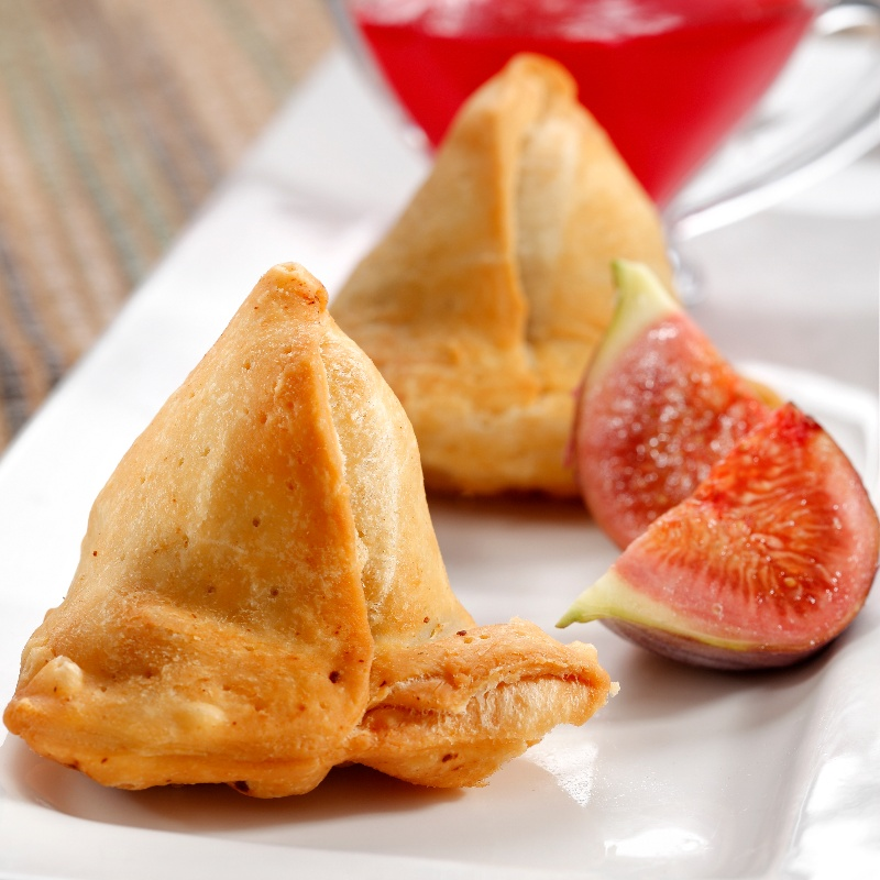 Photo of Air Fryer Anjeer Ke Meethe Samose by Philips Airfryer at BetterButter