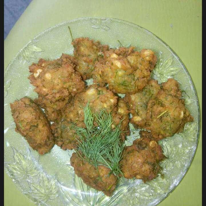 How to make Dil leaves pakoda with Chana Dal