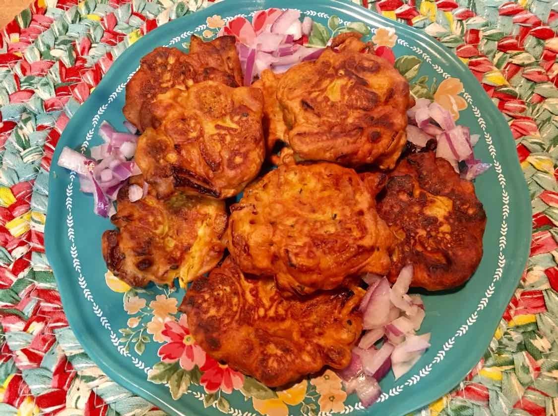 Photo of Onion Fritters/Pyaji by Piyanki Sarkar at BetterButter