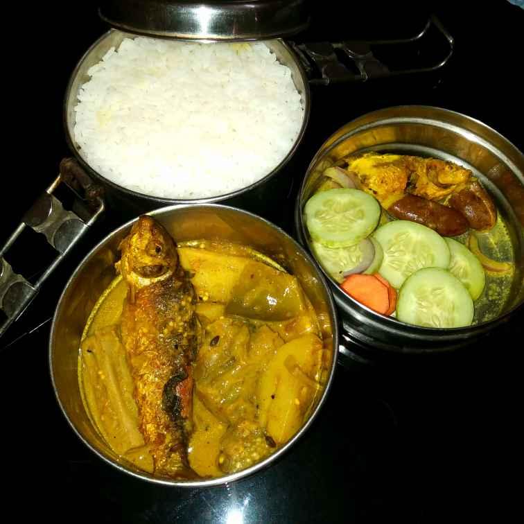 Photo of Bata sobjir jhol with Bata macher tok by Piyasi Biswas Mondal at BetterButter