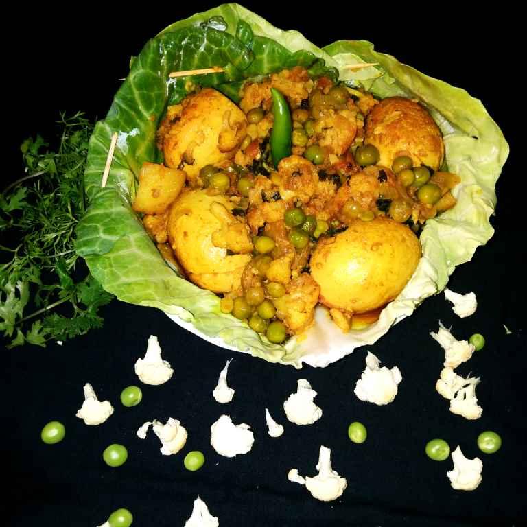 Photo of Gobi mix anda curry by Piyasi Biswas Mondal at BetterButter