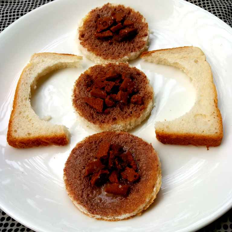 Photo of Round choco Bread by Piyasi Biswas Mondal at BetterButter