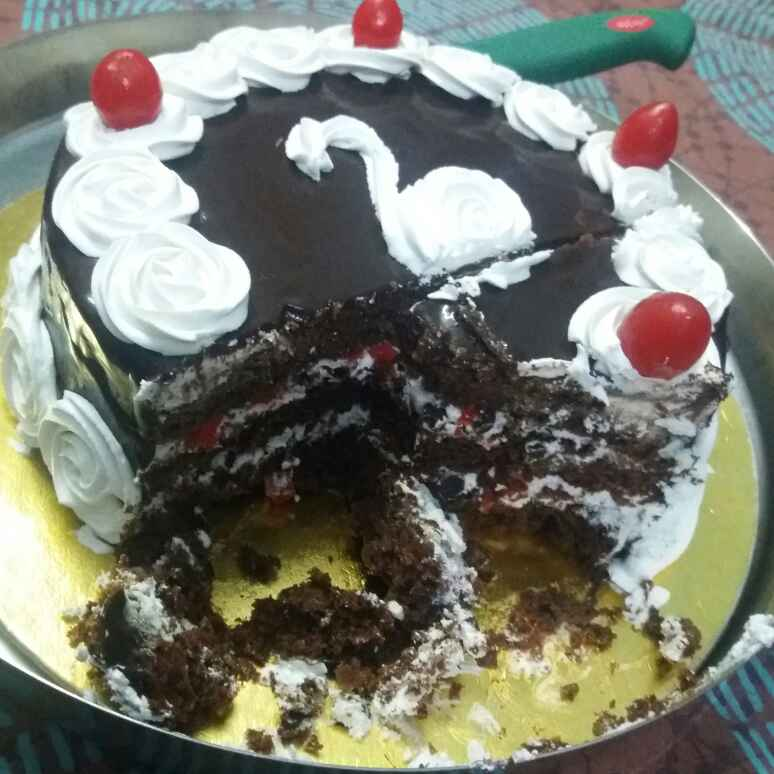 How to make Eggless Black Forest Cake with Chocolate Ganache