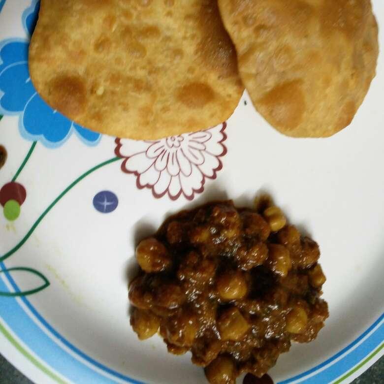 Photo of Bedmi puri with Chole sabzi by Pooja Jena at BetterButter