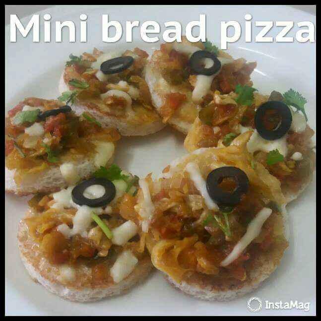 Photo of Mini Bread Pizza by POOJA MISRA at BetterButter