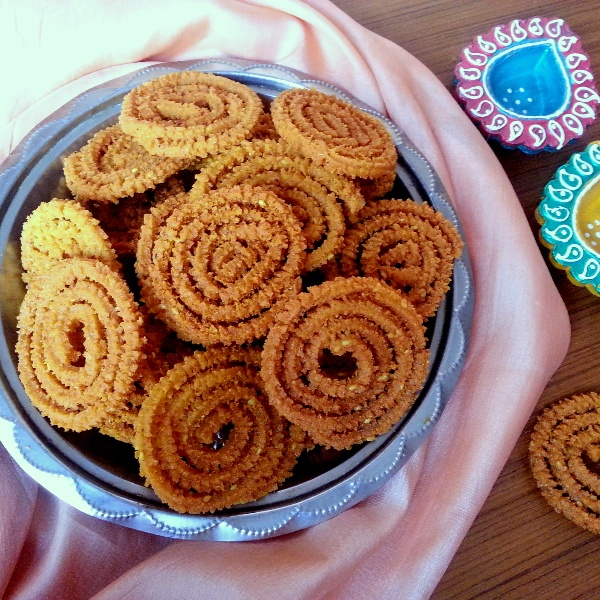 Photo of Chakli / Crispy savory Spirals by Poonam Bachhav at BetterButter