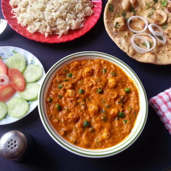 How to make Restaurant Style Khoya Matar Makhana