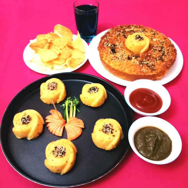 Photo of Savoury Veg Cake And Muffins by Poonam Gupta at BetterButter