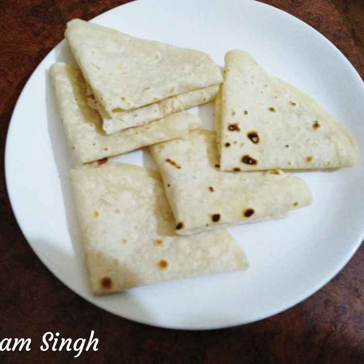Photo of Dosti roti( dohatthi roti) by Poonam Singh at BetterButter