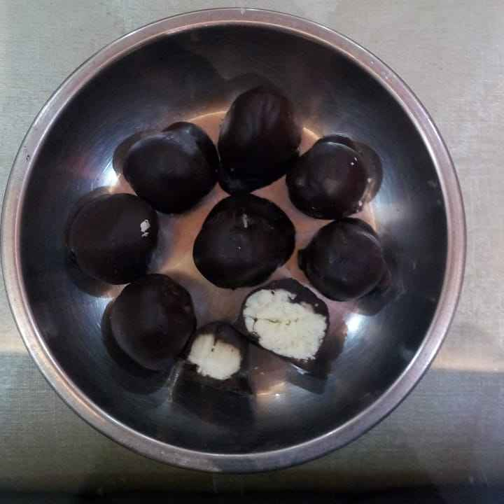 Photo of Double chocolate balls by Poonam Singh at BetterButter