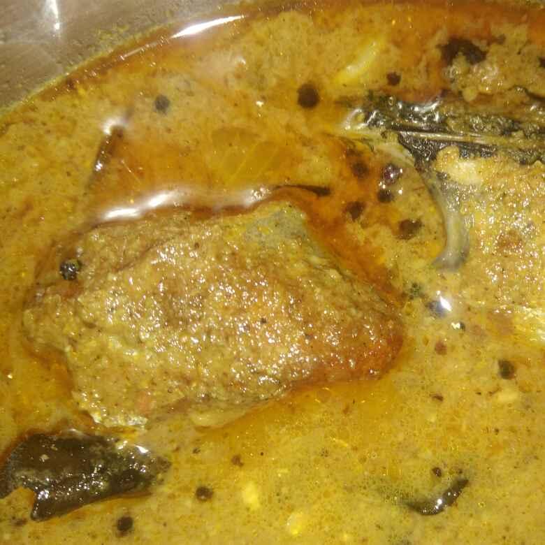 Photo of Thoothukudi seela meen kulambu by poorani Kasiraj at BetterButter