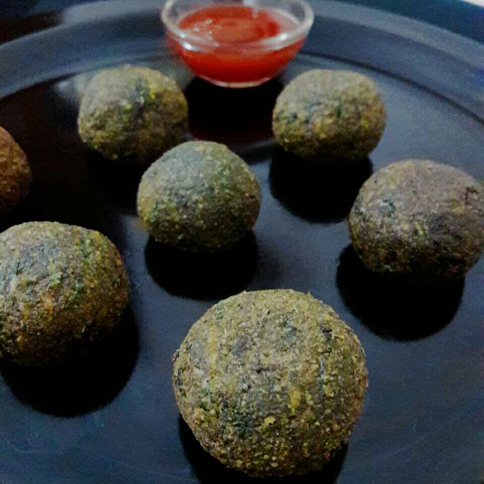 Photo of Palak cheese balls by Prabhleen Kaur at BetterButter