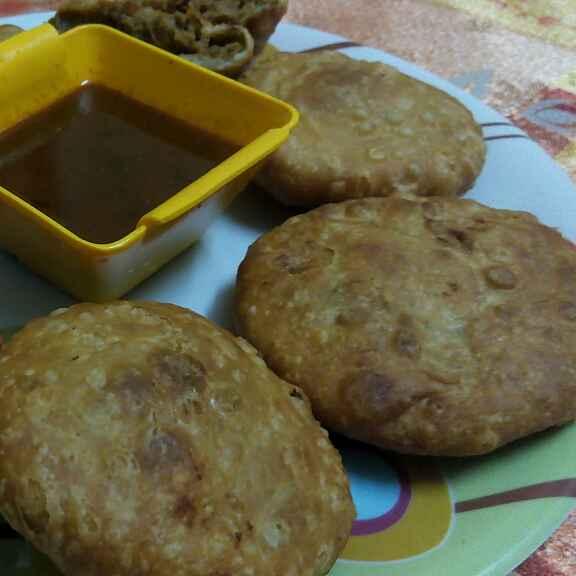 How to make Kale chane ki khasta kachori