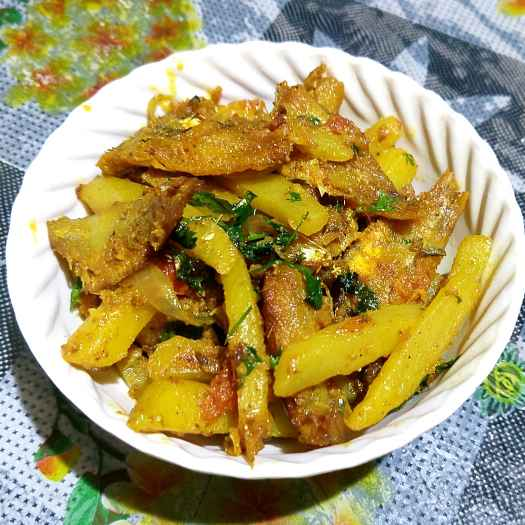 Photo of spicy drycurry of mourola fish by Pragya Chakraborty at BetterButter