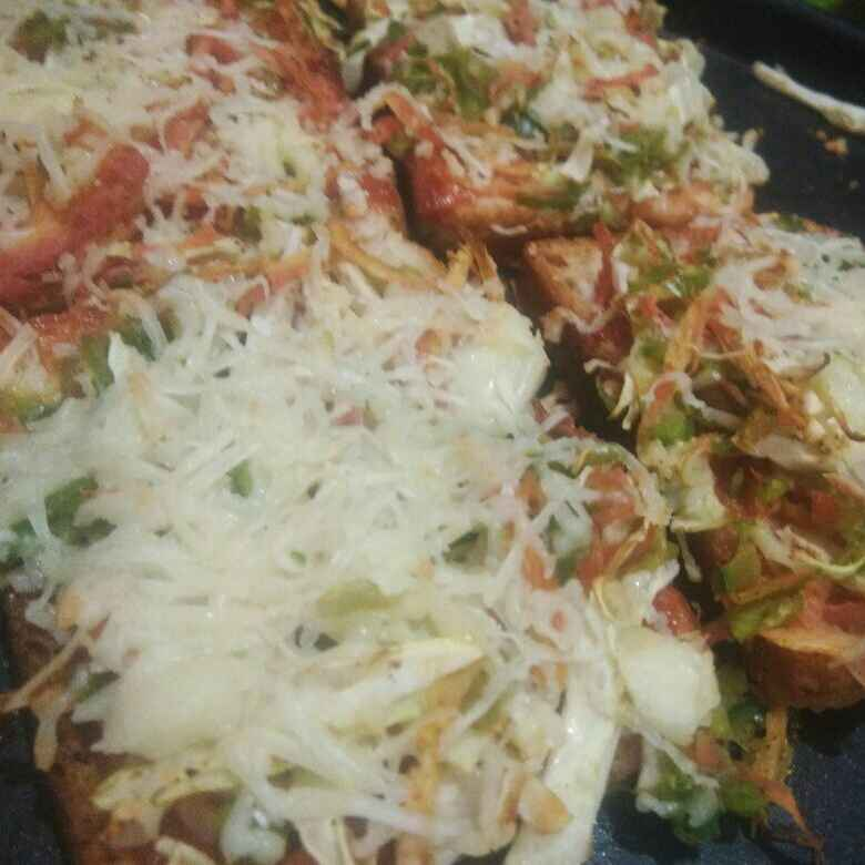 Photo of Bread pizza by Pranali Deshmukh at BetterButter