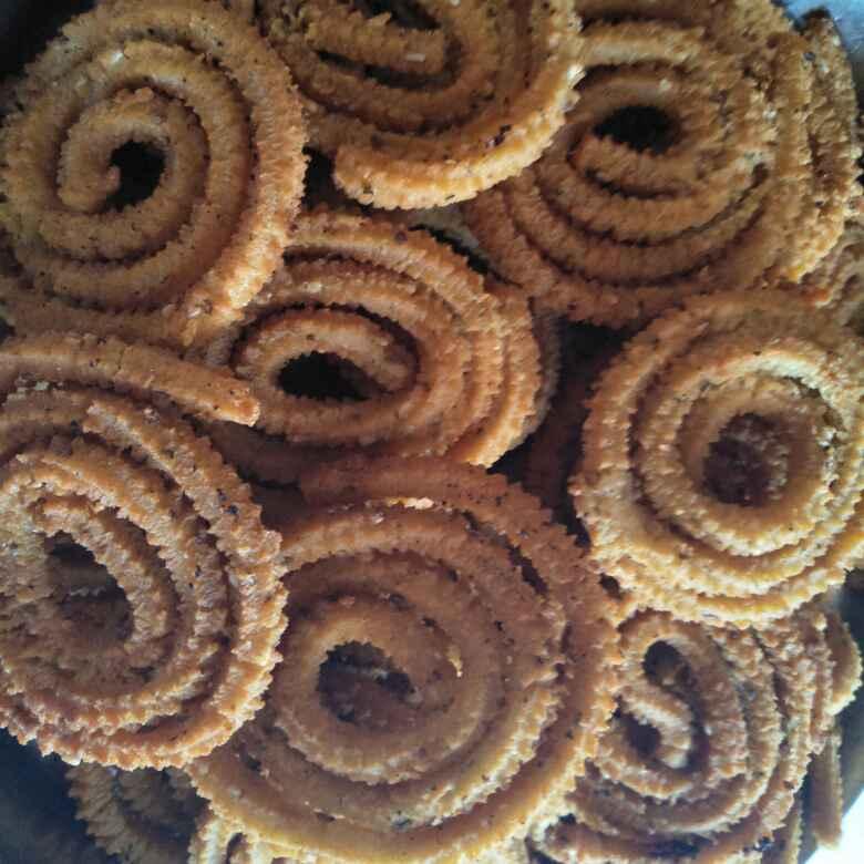 How to make Bhajnichi chakli