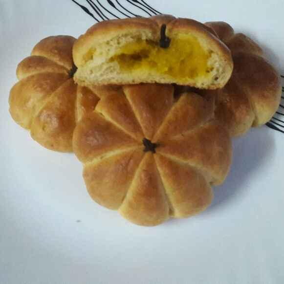 Photo of Pumpkin buns by Praseetha Sambhu at BetterButter