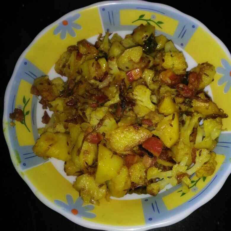 Photo of Gobhi aalu ki subzi by pratibha singh at BetterButter