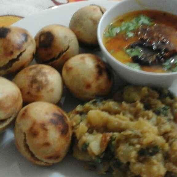 Photo of Bati appam pot wali  , daal aur bharte ke sath by pratibha singh at BetterButter