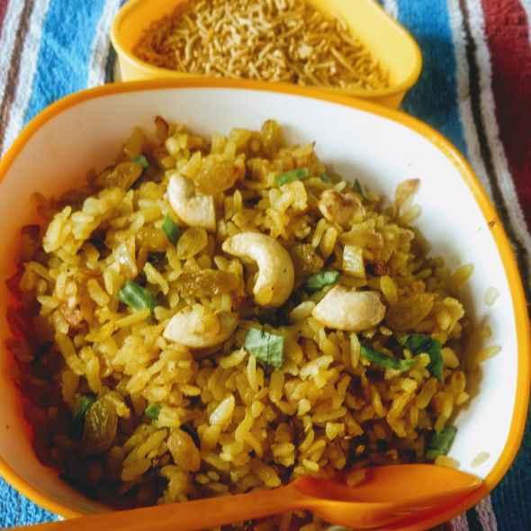 How to make बनारसी चूडा आलू (पोहा पोटैटो)