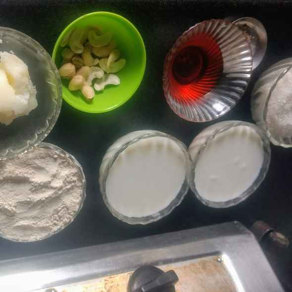How to make Kesariya dudh halwa