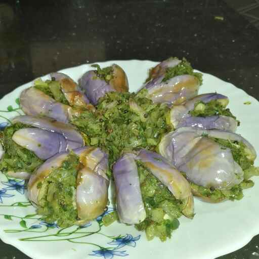 How to make Coriander GreenChilli stuffed Brinjal