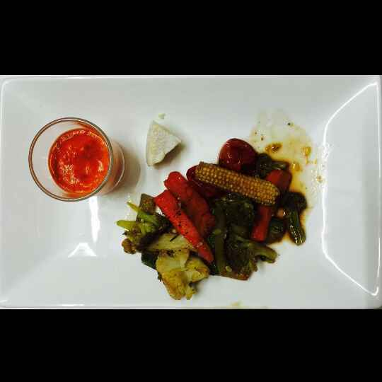 How to make Balsamic grilled veggies with red bell pepper coulis