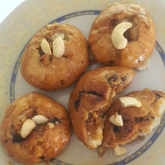 How to make Shahi mava kachori