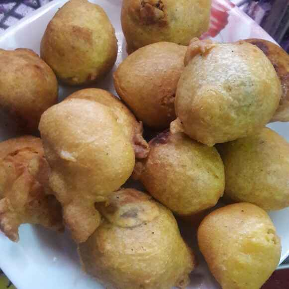 How to make Aalu wada