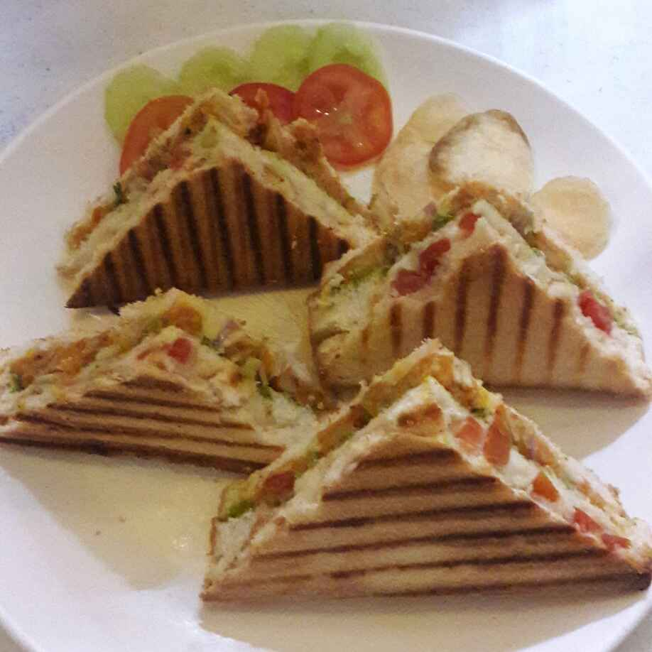 Veg Cheese Grilled Sandwich Recipe By Preeti Jaiswani At Betterbutter