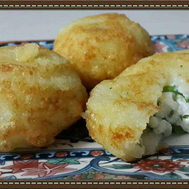 Photo of Paneer stuffed Potato patties by Prema Raghuraman at BetterButter