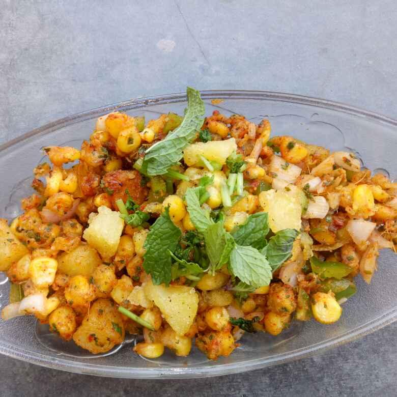 How to make Crispy corn and potato chat