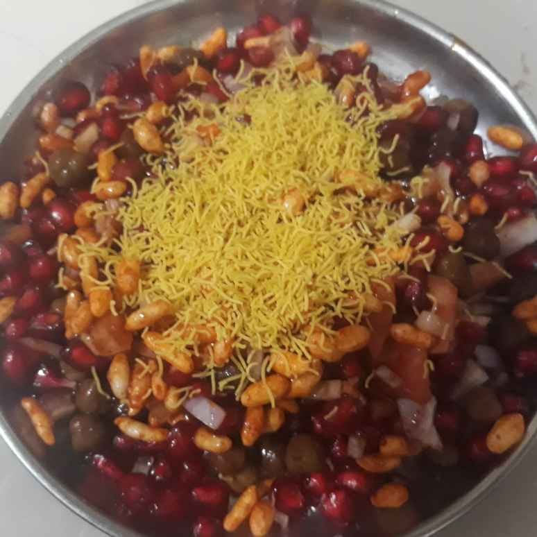 How to make Pomo channa chaat