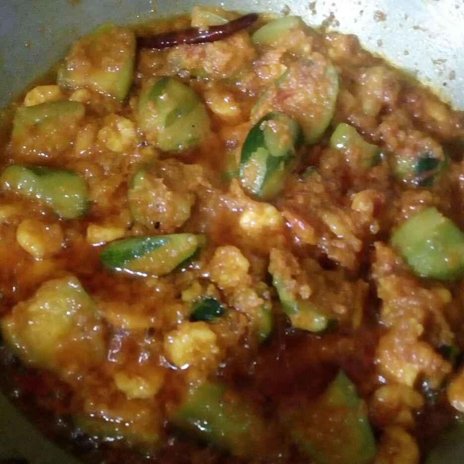 Photo of Alu potol kucho chingri vapa by Priya Das at BetterButter