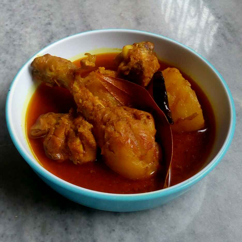 Photo of chicken potato curry by Priya Das at BetterButter