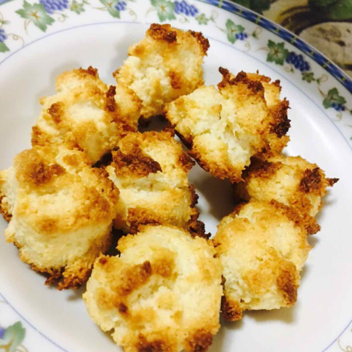Photo of Eggless coconut Macaroon by Priya Mani at BetterButter