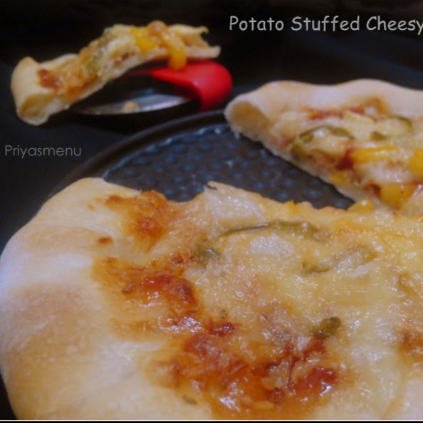 How to make Potato Stuffed Cheesy Crust Pizza