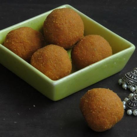 How to make Kandi Sunnundalu/Toor Dal Laddoos