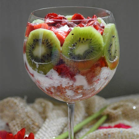 How to make Strawberry Kiwi Parfait With A Hint Of Sabja Seeds