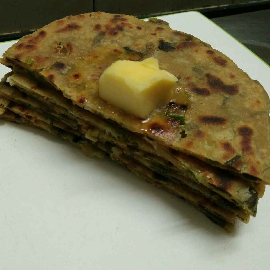 Photo of Spring onion stuffed parantha by Priyanjali Joardar at BetterButter