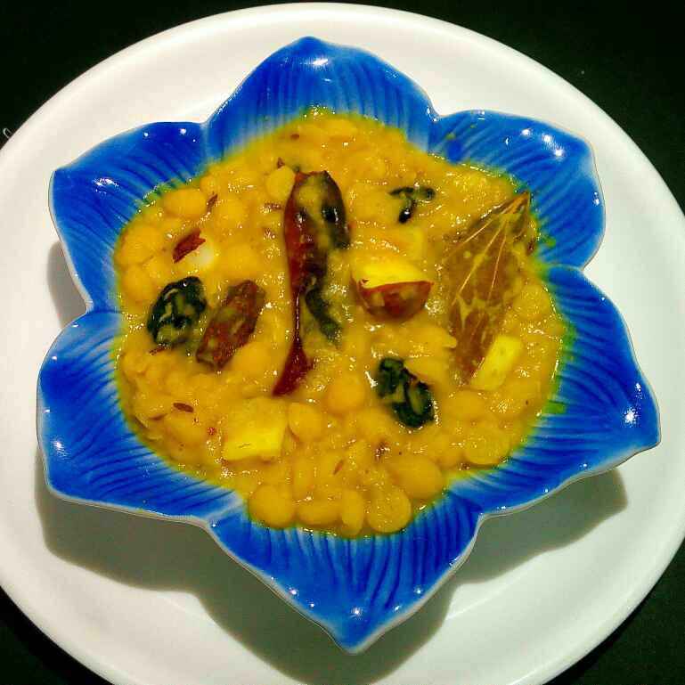 How to make Cholar Dal ( Bengali Style )