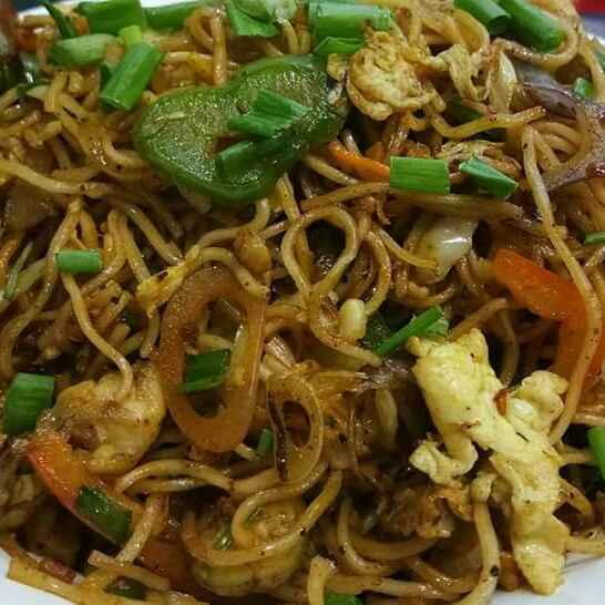 Photo of Mix Schzwan Noodles by Priyanka Barua Chakraborty at BetterButter