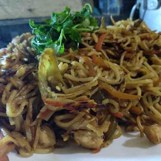 How to make ধাবা স্টাইলে চিকেন চাওমিন