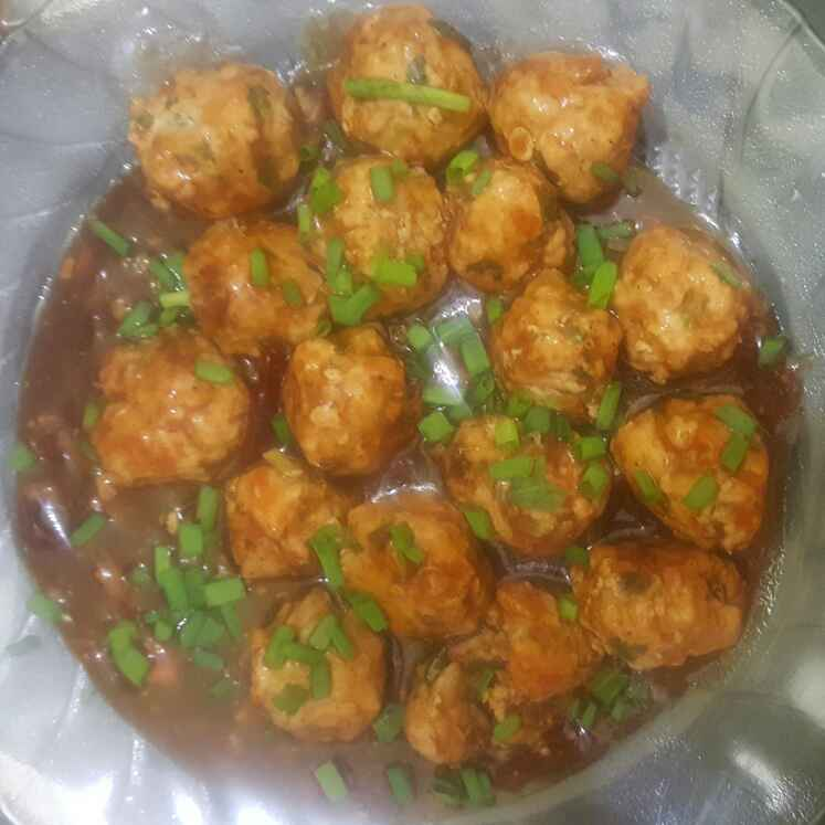 How to make Spicy Chicken Balls